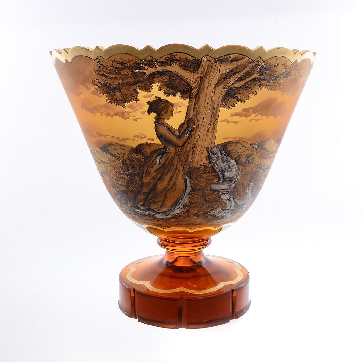 Конфетница 22 см из стекла янтарного цвета от Egermann