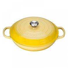 Неглубокая кастрюля для запекания (жаровня) с крышкой от Le Creuset, 30 см, чугун, желтый цвет